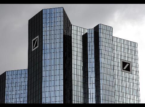 deutsche-bank-nei-guai-la-banca-piu-importante-europea-ha-nascosto-ingenti-perdite-per-evitare-un-bailout-dello-stato.aspx