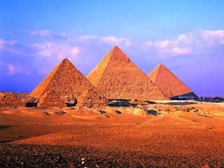 Pyramids-at-Giza