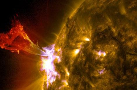 solar-flare_nasa_sdo
