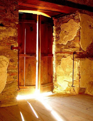 the_light_door